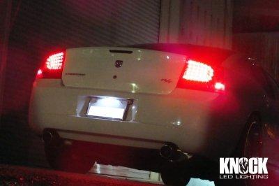 画像1: 05〜10 ダッジチャージャー用 ナンバー灯LEDバルブ ホワイト