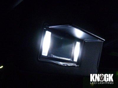 画像1: 15〜 クライスラー300C用 バニティミラーLEDバルブセット ホワイト