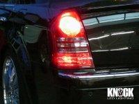05〜10 クライスラー300C用 ブレーキランプ用LEDバルブ 左右セット レッド