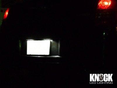 画像1: 05〜10 クライスラー300用 ナンバー灯LEDバルブセット ホワイト