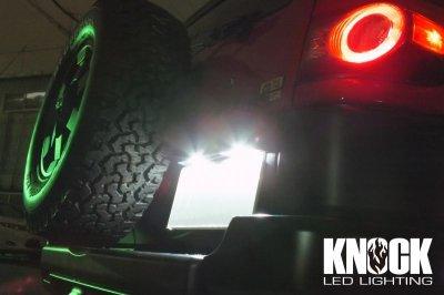 画像2: 07〜18 USトヨタ FJクルーザー用 ナンバー灯LEDバルブセット